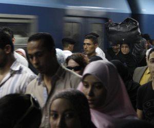 «التعبئة والإحصاء» يكشف تركيبة المصريين: الرجال أقصر عمرا وثلث الشعب أطفال