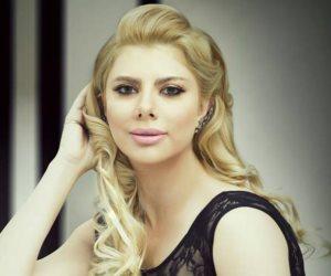 أميرة فتحي: الفيسبوك مصدر للطاقة السلبية.. والسوشيال ميديا اقتحام للخصوصية