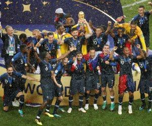 كيف كرمت فرنسا لاعبي المنتخب؟.. مترو باريس ينطق اسم الديوك