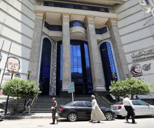 نقابة الصحفيين تحرر محضرا ضد محيي عبيد نقيب الصيادلة