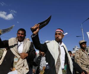 اليمن في 24 ساعة: مقتل 50 حوثيا.. وغارات جديدة لمقاتلات التحالف
