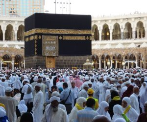 «لبيك اللهم لبيك».. غادة والي: بدء تفويج ضيوف الرحمن إلى المدينة المنورة