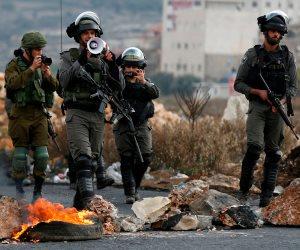 استشهاد فلسطيني واقتحام الأقصى واعتقالات بالجملة.. انتهاكات الاحتلال تحرق الأخضر واليابس