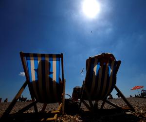 الشمس تُعلن الحرب على أوروبا.. ذوبان جبال السويد وتوقف مفاعلات فرنسا النووية