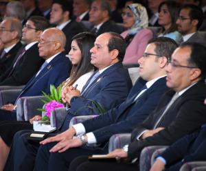 عودة مصر تبدأ من الإجراءات الاقتصادية الصعبة.. السيسي: «إحنا معندناش سبيل تاني»