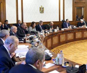 رئيس الوزراء يسأل عن برنامج إضافة المواليد بالبطاقات التموينية.. ووزير التموين يجيب
