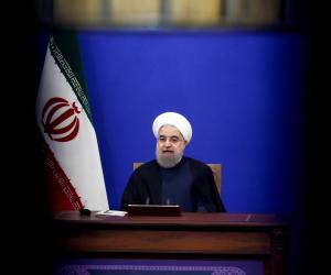 الرئيس الإيراني أمام برلمان طهران للمرة الثانية.. هل يتسبب الانهيار الاقتصادي بسقوط روحاني؟