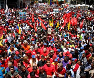 """أمريكا تطالب برحيل """"مادورو"""".. وروسيا تهدد: أي إجراء يثير حرب أهلية لن نسكت عليه"""