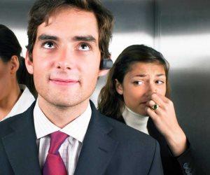 """خليك على """"سنجة 10"""".. 3 أسباب صحية ونفسية و4 طرق للتخلص من رائحة الجسم الكريهة"""