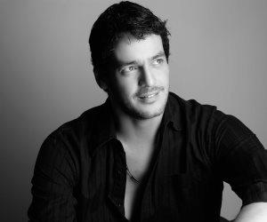 المثليين ولدوا بميول رومانسية لنفس الجنس.. لماذا يدافع خالد أبو النجا عن الشواذ؟