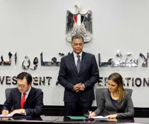 مصر توقع اتفاقاً مع كوريا الجنوبية لتوريد 32 قطارا للمرحلة الثالثة للمترو
