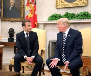 التحالف الأوروبي الأمريكي يتأكل .. لماذا تسعى أوروبا إلى الخروج من عباءة واشنطن؟