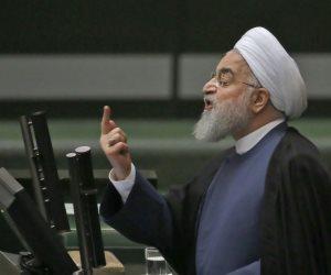 الرئيس الإيراني بين مقصلة البرلمان ودعم المرشد.. هل تطيح الأزمة الاقتصادية بروحاني؟