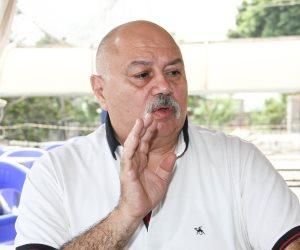 كيف قادت الصدفة صاحب «تاكسي الغرام» للنجومية؟.. نجل عبدالعزيز محمود يفتح سرداب الأسرار