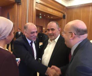 السويدي يسلم راية «دعم مصر».. ماذا قال «القصبي» بعد فوزه برئاسة الأغلبية البرلمانية؟ (صور)