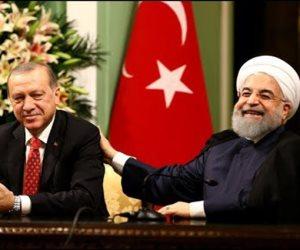 المصالح بتتصالح.. تركيا وإيران الأعداء في سوريا والأصدقاء ضد أمريكا