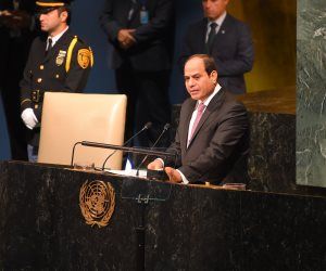 الرئيس السيسى يصل مقر إقامته فى نيويورك وسط استقبال حافل من الجالية المصرية
