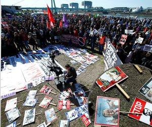 عامان على حصار حركة خدمة.. تفاصيل تنكيل أردوغان بأنصار «جولن» في تركيا