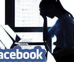 أوله لايكات وأخره بلوك.. هكذا يعرف المراهقون الحب على الفيس بوك