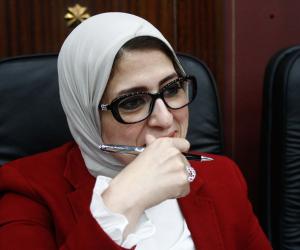 استعدادا لبدء تطبيقه.. وزيرة الصحة فى بورسعيد لتفقد منشآت التأمين الصحى الجديد
