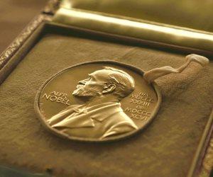 تجمعهما أمور كثيرة.. كل ما تريد معرفته عن الفائزين بجائزة نوبل في الاقتصاد 2018