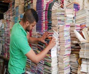 """هل الكتب الخارجية سبب فساد التعليم المصرى؟..قيادات بـ""""الوزارة"""" وأولياء أمور يجيبون"""