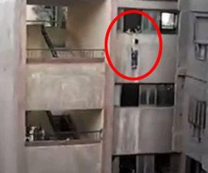 ومن «الفسحة» ما قتل.. نجاة طفل من الموت داخل مدرسة في الجيزة (فيديو)