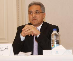 البرلمان يُحذر من كثرة مشروعات «عربات المأكولات» لهذا السبب