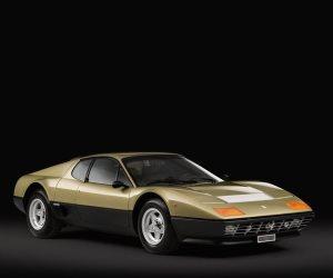 بـ400 ألف يورو.. طرح سيارة فيرارى من الذهب موديل 1977 للبيع فى إيطاليا