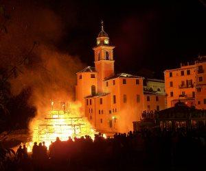 جرائم الجماعة لا تسقط بالتقادم... هكذا أحرق الإخوان الكنائس بعد 30 يونيو (فيديو)