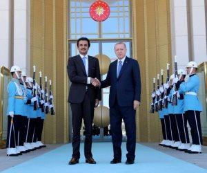 قطر تبيح أراضيها لأردوغان بالقانون.. سياسي سعودي: تركيا المستفيد الوحيد (صور)