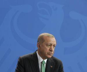 قصص من وحي بطش أردوغان: اللاجئون الأتراك تاريخ من المعاناة