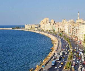 يا إسكندرية بحرك عجايب.. 65 لوحة فنية تبرز جمال ومعالم عروس البحر المتوسط (صور)