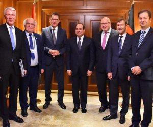 السيسي يلتقي رؤساء كبرى الشركات الألمانية.. الرئيس: نتطلع إلى تدشين شراكة اقتصادية قوية مع ألمانيا