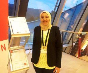"""حصلت على """"الأيوباك"""" بأمريكا.. شيماء السيد أصغر عالمة مصرية تخلد اسمها على عنصر الكربون"""