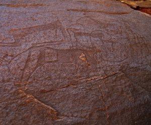 """علاقات تاريخية من عهد الجدود..""""هنا المملكة"""" تكشف سر النقوش الفرعونية في السعودية"""