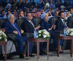 """السيسي وجه بمحاربة سلبياتها.. خطة """"اتصالات"""" البرلمان للاستفادة من مواقع التواصل"""