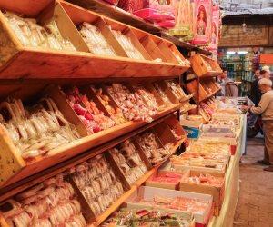 حمص وحلاوة.. هل إجراءات «حماية المستهلك» كافية لضبط مخالفات سوق حلوى المولد؟