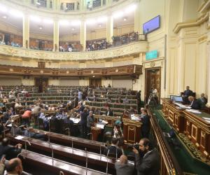 البرلمان يكشر عن أنيابه للوزراء المتغيبين.. وعبد العال: ما فيش حد كبير على القانون