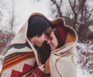 معظم النجوم تغنوا بجماله.. تعرف على سر علاقة الحب بالشتاء