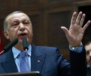 الهاربون من جحيم الديكتاتور لليونان.. أردوغان يحول الأتراك إلى لاجئين