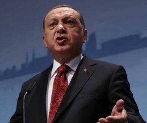 يفضل القذارة سرا.. من هو سادات بكر «قرين» أردوغان الذي يوسوس له؟
