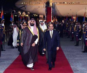 الرئيس السيسى يستقبل ولى العهد السعودى فى مطار القاهرة (فيديو وصور)