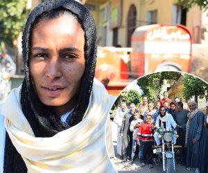 «حب الناس لايقدر بثمن» كيف علق أهالي «البعيرات» على تكريم الرئيس السيسي لـ«فتاة التروسيكل» (صور)