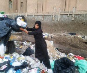 البحث عن لقمة العيش بين أحضان القمامة: «رباب» ليست مجرد فتاة (صور)