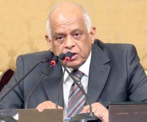 عالم من علماء مصر.. لماذا أهدت «دفاع البرلمان» كتابا لرئيس مجلس النواب كـ«تكريم»؟