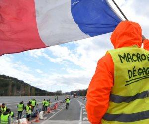 فرنسا تراقب أيادي روسيا في إثارة احتجاجات السترات الصفراء.. هل لـ«موسكو» يد فيما يحدث؟