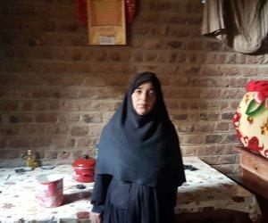 منزلها متهالك ومهددة بالحبس.. الحاجة «سميحة» قصة سيدة يطاردها الديانة بسبب 10 آلاف جنيه