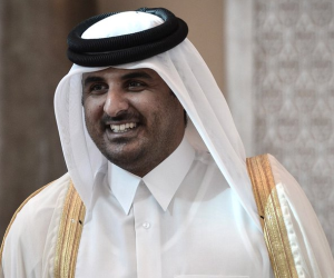 حكام overload.. قطر تطلق حملة لمواجهة السمنة خوفًا من وزن الأمير الوالد