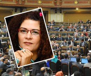 الكاتبة المغمورة في مرمى نيران البرلمان.. فاطمة ناعوت تخدم مخططات اليهود